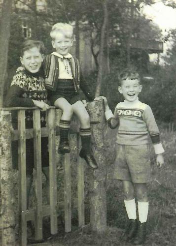 Meine Brüder und ich 1947
